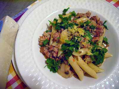 Penne-with-IT-Saus