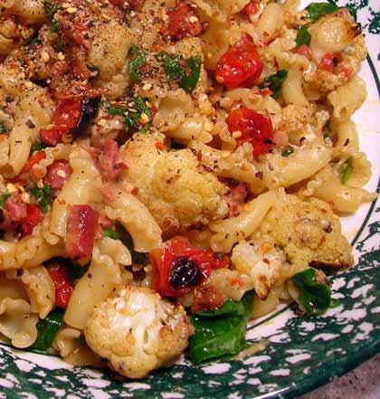 Pasta-with-Roasted-Cauliflower-001