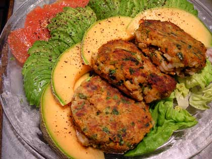 Shrimp-Cakes-and-Grapefruit-Avacado-Salad-003