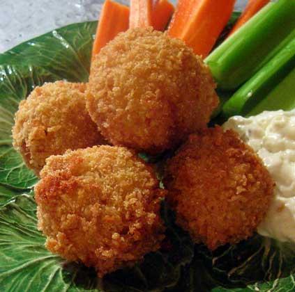 recipe: fried buffalo chicken balls [23]