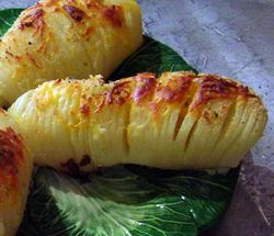 Hasselback-Armadillo-Potatoes