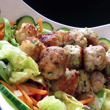 JBug's Kitchen Antics: Vietnamese Pork and Shrimp Meatballs on Salad