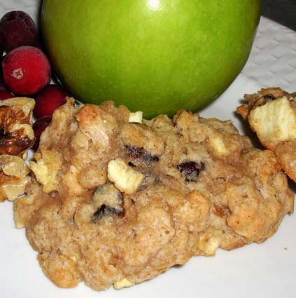 Cranapple-Oatmeal-Cookies