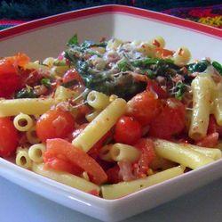Ziti-w-Pancetta-a-Fresh-Tomatoes