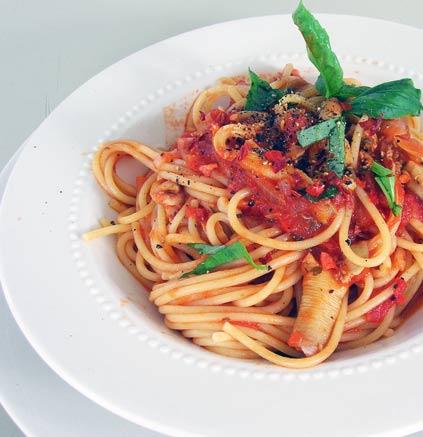 Spaghetti-w-Red-Clam-Sauce-2
