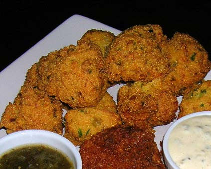 ... Kitchen Antics: Jalapeno, Green Chile and White Cheddar Hush Puppies