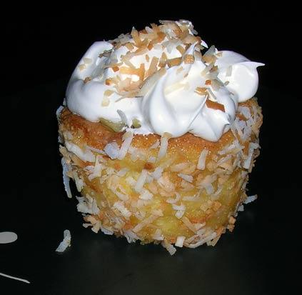 Pina-Colada-Cupcake-1