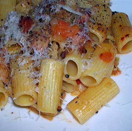 Rigatoni-w-Pancetta,-Pepper-and-Tomato