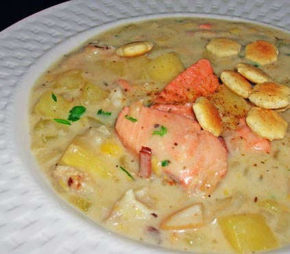 Salm-n-Clam-Chowder