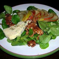 Pear-Blue-Salad-w-Shallot-Vin