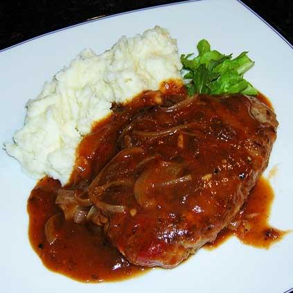 Salisbury-Steak-w-Horseradish-Mashed