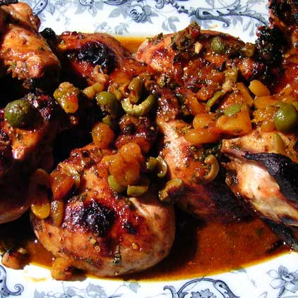 Spicy-Chicken-Thighs-with-Apricots-and-Olives