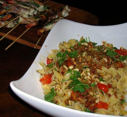 Pasta-w-Pine-Nuts,-Tomato-and-Garlic-crumbs