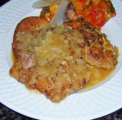 Braised-Chicken-Thighs-with-Lemon-on-Croutons