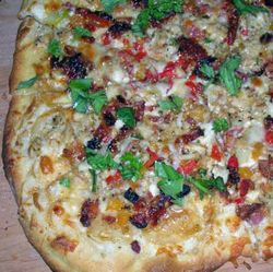 Clams-Casino-Pizza
