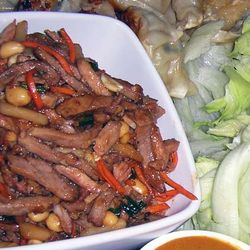Lettuce-Wraps-with-Spicy-Pork