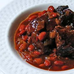 Sweet-Spicy-Ribs-and-Beans-1