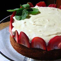 White-Choco-Carousel-Cake