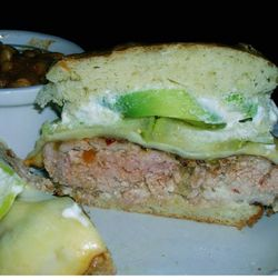 Burger-3F