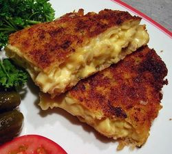 Cheesy-Mac-Rissoles