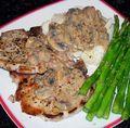 Skinny-P-Chops-Mushroom-Gravy