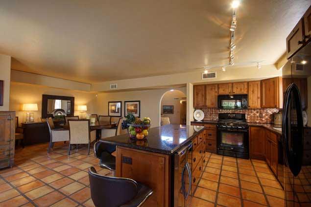 7-Kitchen-Dining-Room