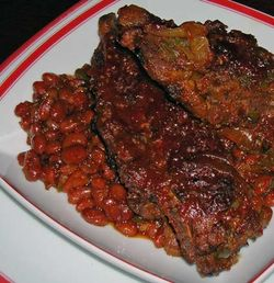 Sweet-Spicy-Ribs-and-Beans