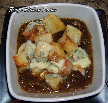 Onion-Ale-Soup-w-Blue-Cheese-Croutons