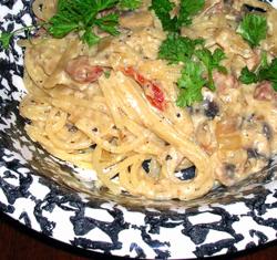 Carbonara-w-Mushrooms-a-SD-Tomatoes