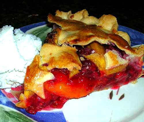 Peach-Raspberry-Pie-2