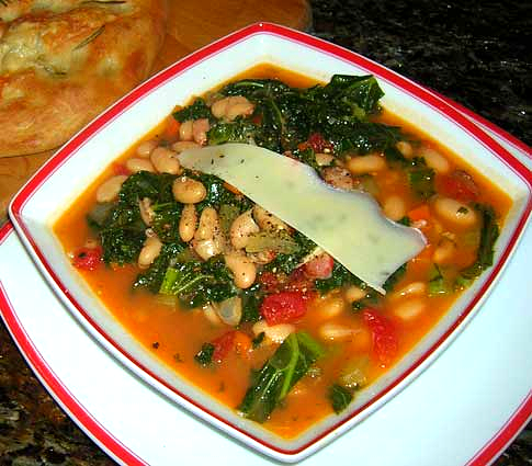 Bacon-Bean-and-Kale-Soup