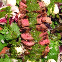 Steak salad w chimi churi