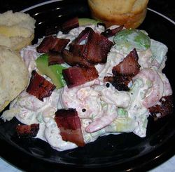 Chipotle-Shrimp-Salad-with-Avocado-and-Bacon