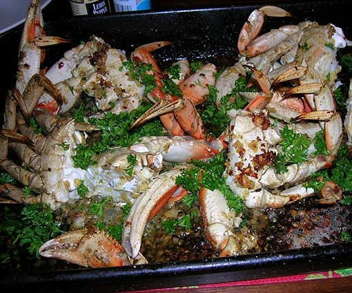 Garlic-and-Chile-Roasted-Crab