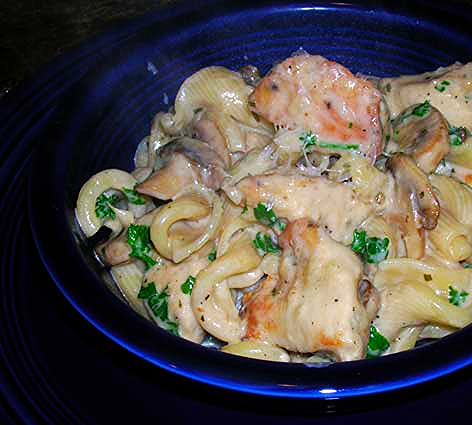 Chicken-with-Mushrooms-and-Tarragon