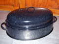 Graniteware-Savory-Roaster-with-Cover