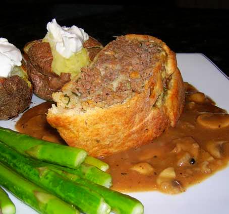 Beef-Roll-w-Mushroom-Gravy