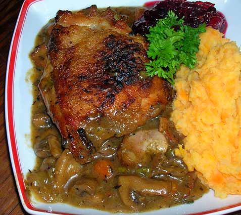 Braised-turkey-thighs-with-mushrooms-and-marsala