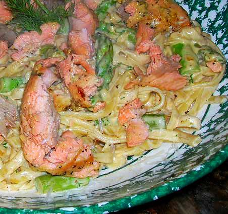 Salmon-n-Asparagus-Alfredo