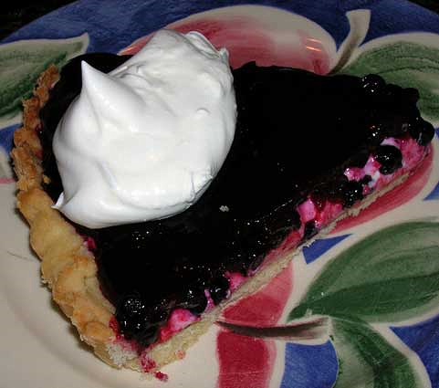Huckleberry-Creamcheese-Pie